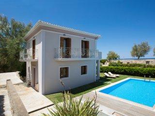 Aeriko-Gorgona  Beachfront Villa with Stunning View and Private Pool.