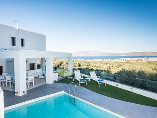Villa Kissamos, Quietness-full privacy & panoramic sea view, 2km away from beach