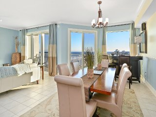 Gateway Grand 704 - Luxury Oceanfront!