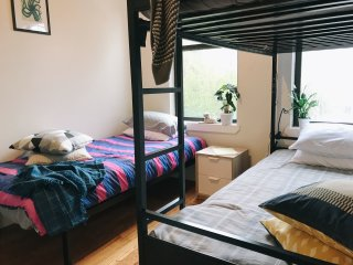 3-person cozy room in Bed-Stuy (M, J, Z, G trains)