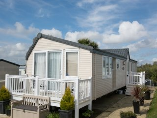 Concept (LD33) - Hopton on Sea (near Great Yarmouth/Lowestoft) No Dogs