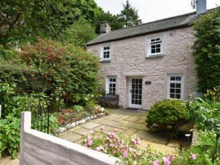 Ty Gwanwyn 148 (Secluded Cottage)