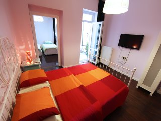 Big apartment for 4 adult in Taksim square