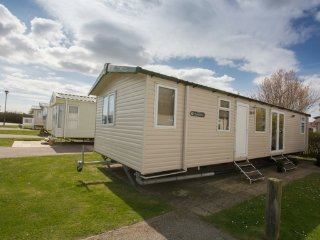 Serenity (SF11) - Hopton on Sea (near Great Yarmouth/Lowestoft) No Dogs
