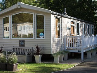 Moselle (LY23) - Hopton on Sea (near Great Yarmouth/Lowestoft) No Dogs