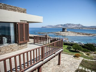 Villa Tiadora, in front of the beach, spectacular view