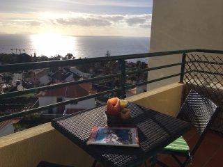 Vista Mar - Splendid Views of Caniço de Baixo Area
