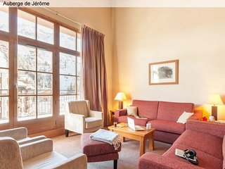 Exceptional 4 BR Apartment for 10 at Arc 1950 Le Village