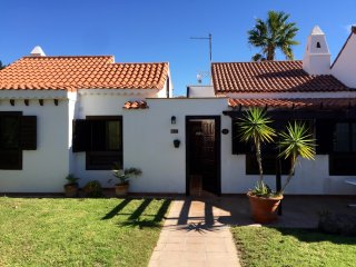 3 bedroom Villa in Golf Del Sur, Tenerife with Pools, bar and restaurant on site