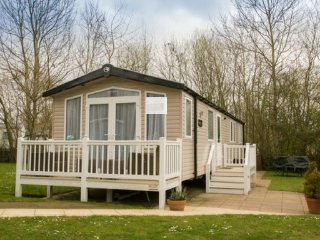 Bordeaux (LY13) - Hopton on Sea (near Great Yarmouth/Lowestoft) No Dogs