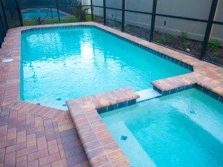 Luxury 9 Bed Villa at Windsor Resort