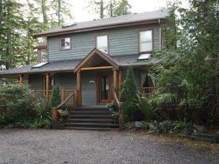 CedarView House, Tofino, BC