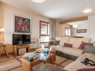 Exceptional 4 BR Apartment at Premium Residence Les Terrasses d'Eos