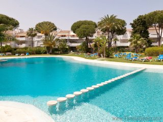 Beautiful 4/5 bdr/4 bath large, super luxury apartment San Pedro/Puerto Banus