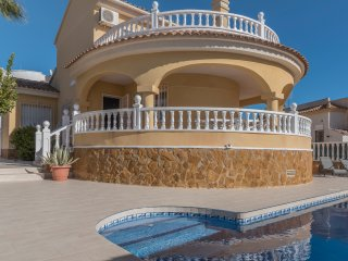Fabulous Villa with private pool & large roof solarium