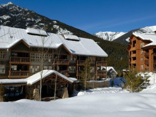 2 Bedroom Condo | Ski Tip and Tamarack Lodge, Panorama
