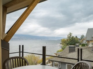 Summerland Resort 2 Bedroom Condo with Lake View