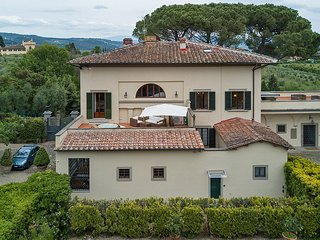 Villa Il Giglio - Wonderful villa with outdoor hot tub in Florence