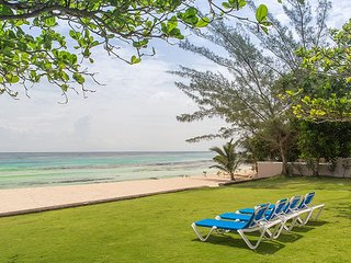 ABSOLUTE BEACHFRONT! POOL! STAFF! TENNIS COURT! LUXURY! Villa Mara-7BR