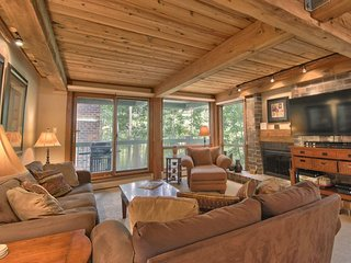 2 Bedroom Premier for 8 at Top of the Village Condominiums, Snowmass