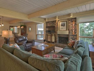 3 BR Standard Point for 8 at Top of the Village Condominiums, Snowmass