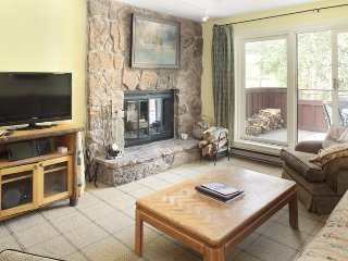 1 Bedroom Deluxe for 4 at Villas at Snowmass Club, Snowmass, CO