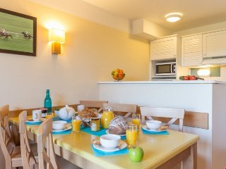 Standard 1 BR House for 5 at Holiday Village Normandy Garden