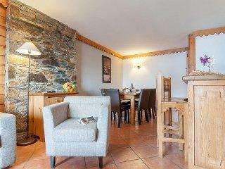 Standard 2 BR Apartment for 8 at Premium Residence Les Hauts Bois