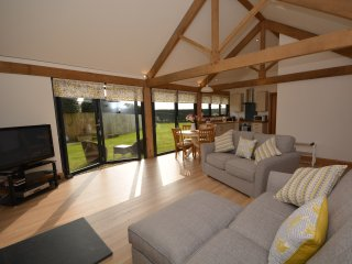 50217 Log Cabin in Launceston