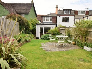 49890 Cottage in Lymington