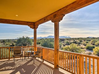 Rio Verde Home w/ Mtn Views - Near Golf & Hikes!