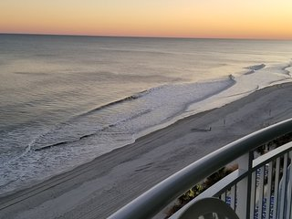 Stunning Ocean Front Views from 1BR/1BA steps from Boardwalk and Pier