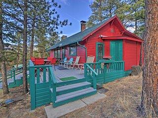 NEW! 2BR Estes Park Cabin w/Deck & Mtn Views!