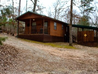 Bear Naked Cabin Near Broken Bow Lake/Beavers Bend State Park/Hochatown Okla