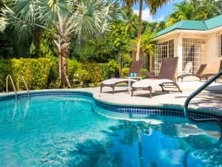 Amazing Value! 4 BR Villa+Private Pool, Mullins