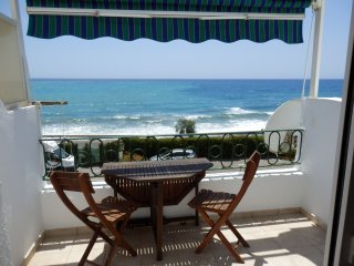 First Line Beach Studio Apartment Calaceite (up to 4 persons)