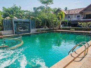 Poonsiri Paradise Villa