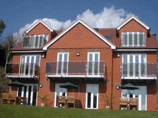 Self Catering Apartment  2 Bed Ground Floor Sea Views