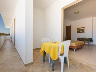 889 One-bedroom apartment near the beach in Torre Lapillo