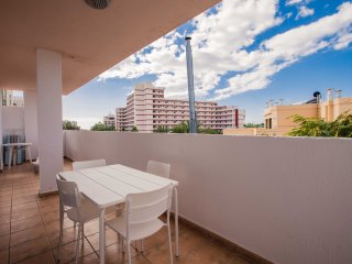 2 Bedroom Apartment in Las Americas LA/73
