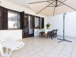 Apartment Viola with spacious Terrace