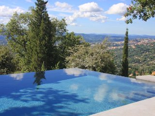 South of France, Magagnosc - Eco Villa with stunning views and pool, sleeps 8
