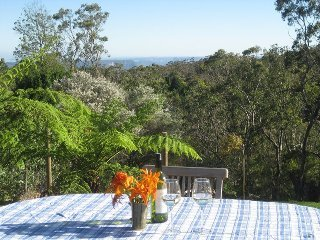 Cliff View Studio, holiday rental in Woodford