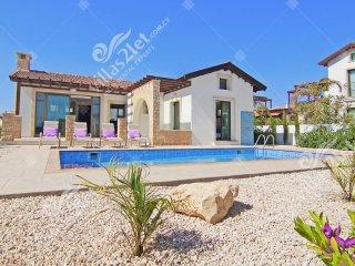 Cyprus Holiday Villa CAMELLIA Profile