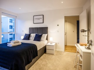 The H.A.Y - Kings Cross St Pancras Luxury Apartment
