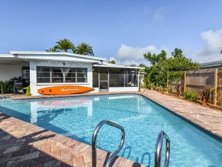Renovated ! Heated pool! House Close To USA's Best Beach! Great Rates!