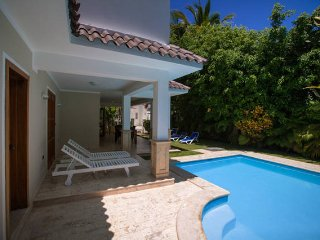 VILLA A, LUXURY PRIVATE POOL, RES.LOS CORALES, ONLY $429 on MARCH 2018!!!
