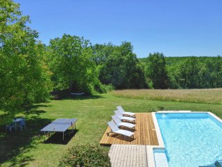Exquisite French Country Home for Six with Spacious Veranda and Pool, WiFi