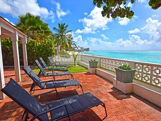 Classic Beachfront Home - Arcadia