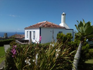 Charming and cozy cottage for rent, Santa Maria - Azores